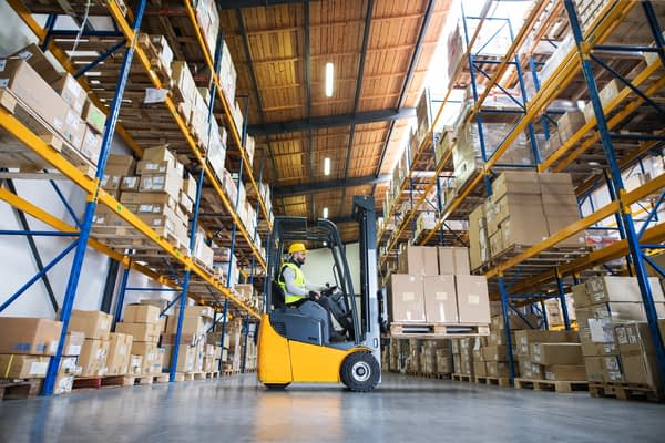 Image warehouse worker with forklift 600x400